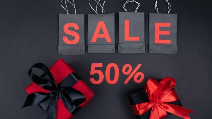 Christmas Sales Season