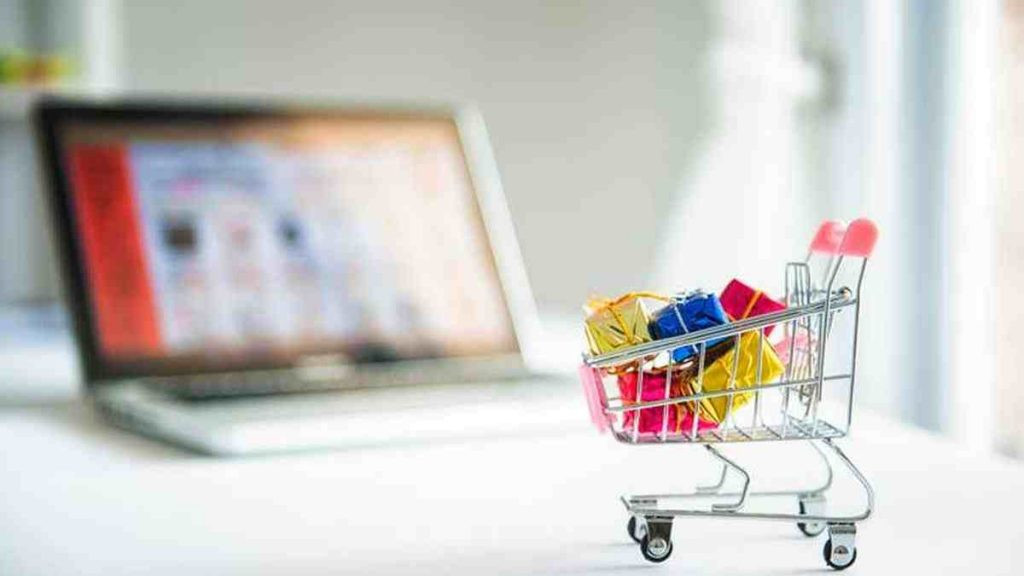 Online Shopping Sales During DSF